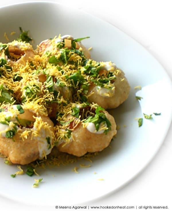 Recipe for Alu Dahi Puri Chaat taken from www.hookedonheat.com. Visit site for detailed recipe.
