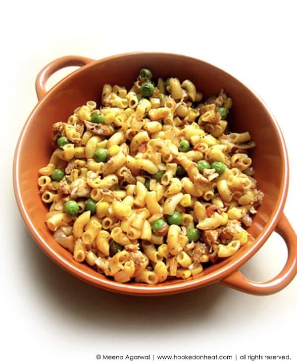 Recipe for Masala Macaroni taken from www.hookedonheat.com. Visit site for detailed recipe.