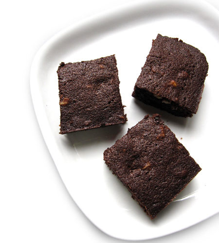 Recipe for Walnut Brownies, taken from www.hookedonheat.com. Visit site for detailed recipe.