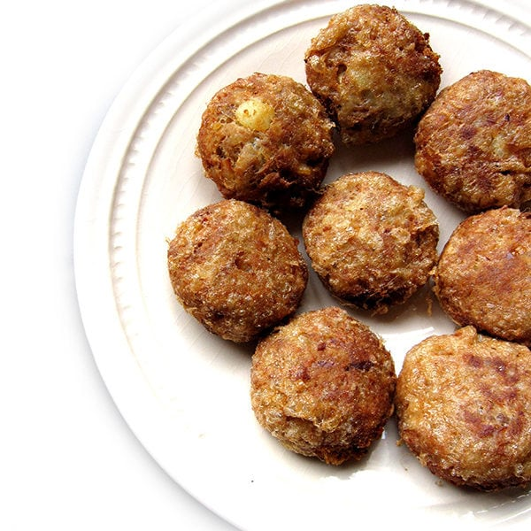 Recipe for Tuna Cutlets taken from www.hookedonheat.com. Visit site for detailed recipe.